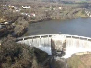 VIDÉO. Le barrage de Pont-de-Salars vu du ciel après la crue