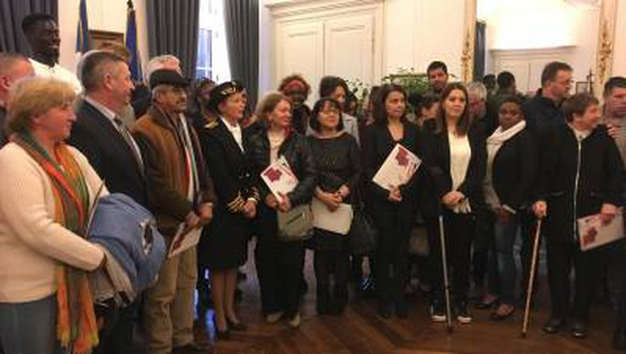 VIDÉO. Vingt-huit Aveyronnais disent «oui» à la France