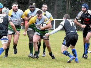 Rugby : Decazeville en Fédérale 3, LSA respire