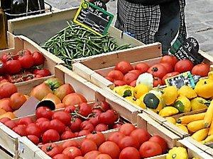Villefranche : le petit marché du samedi peine à trouver sa place