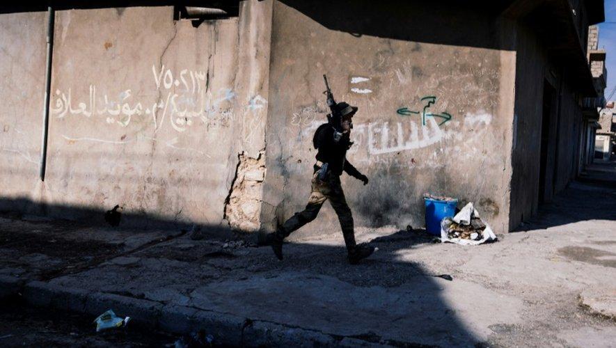 Un membre des forces spéciales irakiennes, le 17 janvier 2017 à Mossoul en Irak