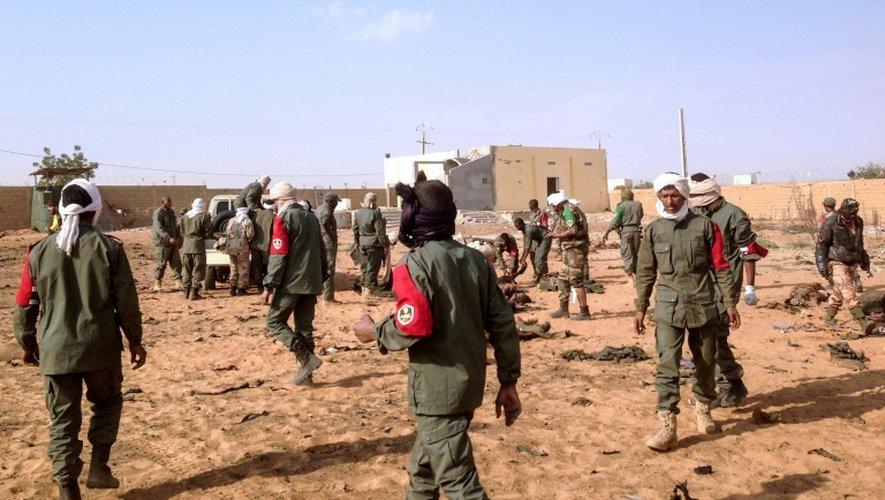 Mali: l'attentat qui a fait 60 morts revendiqué par Aqmi