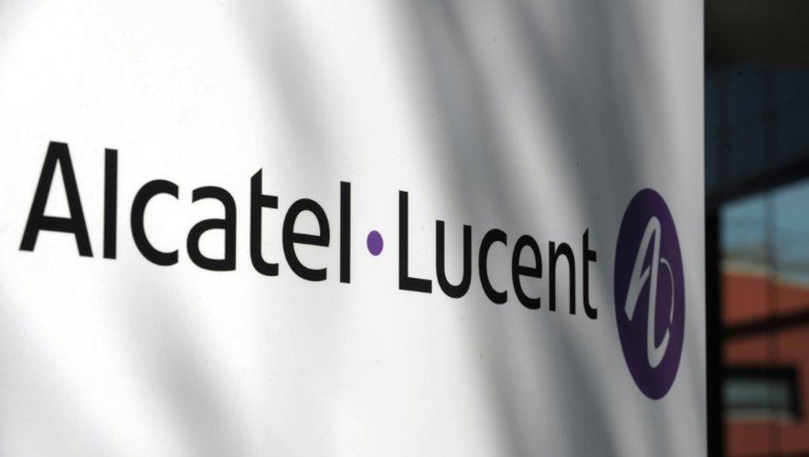"""L'offre de rachat du groupe finlandais Nokia visant les titres de l'équipementier en télécommunications franco-américain Alcatel-Lucent est """"satisfaite"""", selon l'AMF"""