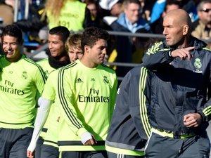 """Real Madrid: Zidane à la barre pour un défi """"difficile"""""""