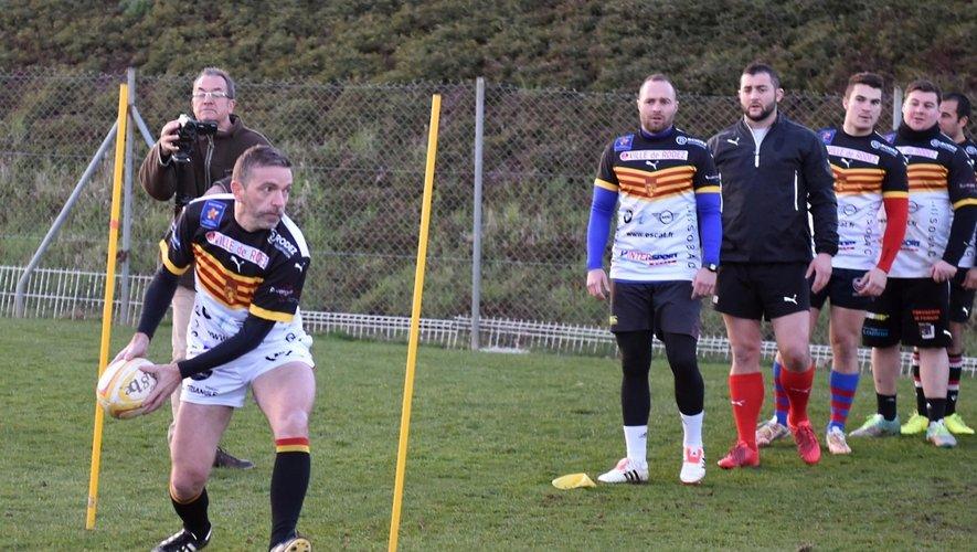Sébastien Bras s'entraîne avec les rugbymen ruthénois