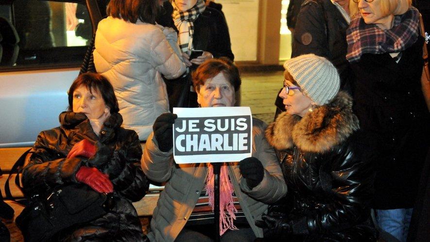 RASSEMBLEMENT CONTRE L ATTENTAT AU JOURNAL CHARLIE HEBDO A PARIS
