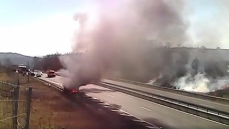 Un véhicule prend feu sur l'A75: la circulation rétablie