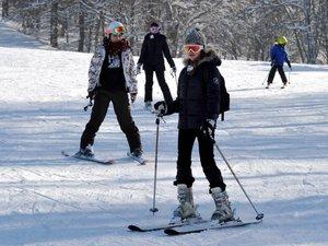 Laguiole ouvre avec 30 cm de neige, Brameloup attend ce week-end