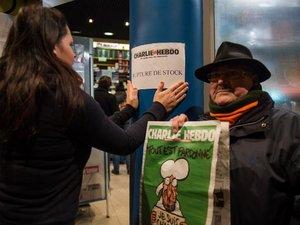 """Mahomet en Une, le """"Charlie Hebdo des survivants"""" s'arrache dès sa parution"""