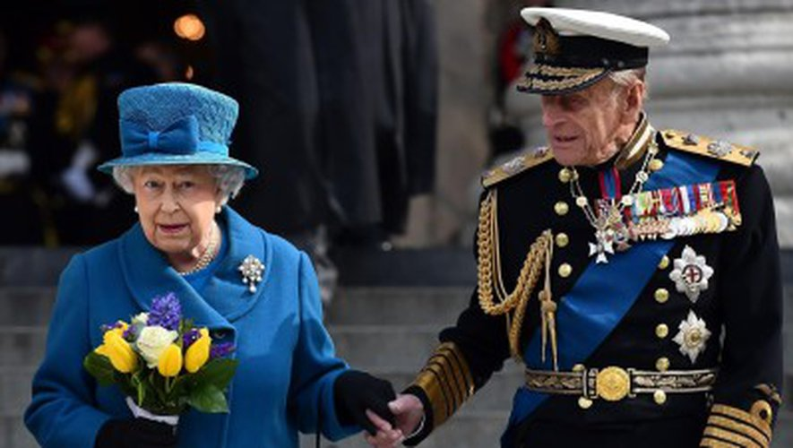 Le prince Philip, époux de la reine, prendra sa retraite en automne