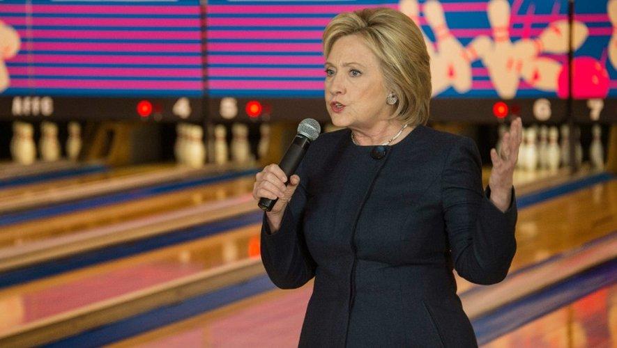 Hillary Clinton, candidate aux primaires démocrates, le 27 janvier 2016 à Adel, dans l'Iowa