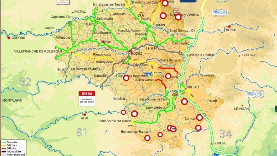 Congères en Aveyron : plusieurs routes fermées à la circulation