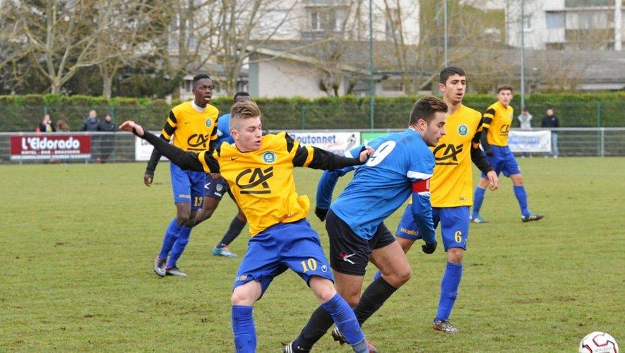 En 64e de finale, les jeunes Castonétois se sont qualifiés aux dépens d'Arles-Avignon, 2-2 4-3 tab.