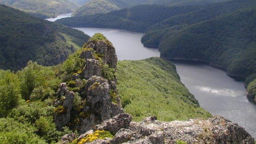 Le barrage de Sarrans, une des étapes de l'émission Des Racines et des ailes diffusée mercredi 25 février,