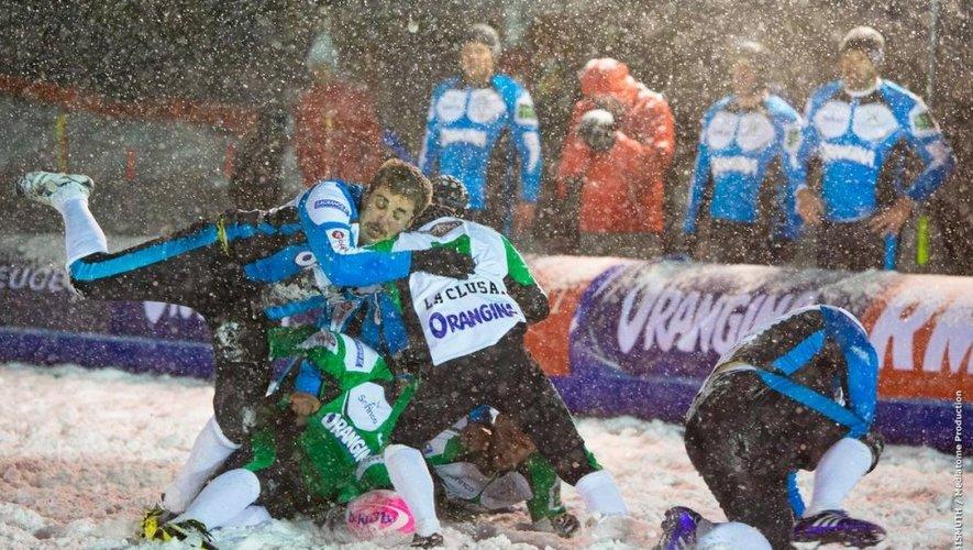 """Outre les parties de rugby sur neige «plutôt compliquées au niveau des appuis et parfois """"chaudes""""», les Ruthénois retiendront surtout l'ambiance du tournoi."""