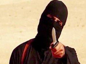 "Le bourreau masqué de l'EI, ""Jihadi John"" serait un informaticien londonien"