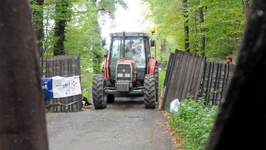 Les agriculteurs organisent le blocus de Sivens