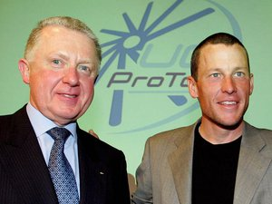 Dopage: traitement de faveur de l'UCI pour Armstrong, selon un rapport