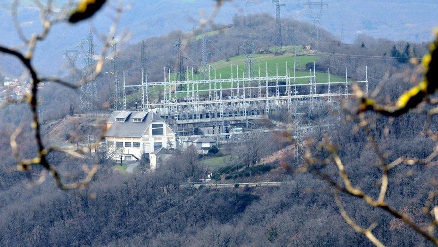 Actuellement en service, une première centrale, celle de Plagnol, est construite entre les hameaux de Saint-Victor et de Melvieu.