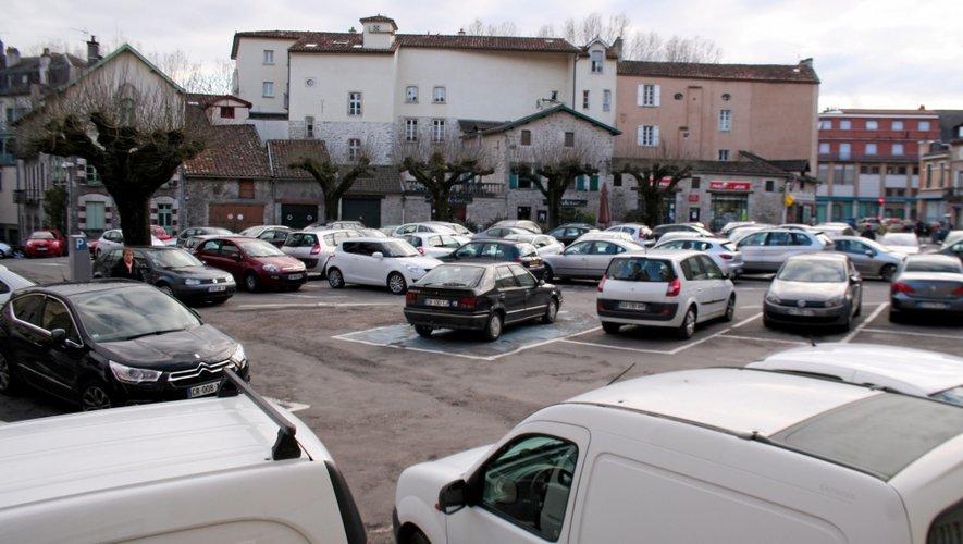 Bientôt de nouvelles places de garage en sous-sol place Bernard-Lhez ?