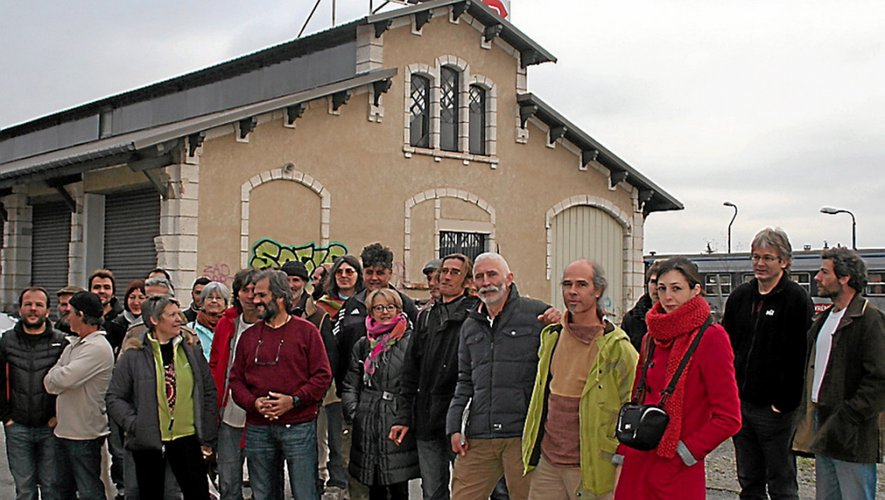 Le bâtiment de la Sernam, près de la gare à Rodez, n'est plus la priorité du collectif qui a trouvé un site plus approprié à Onet.
