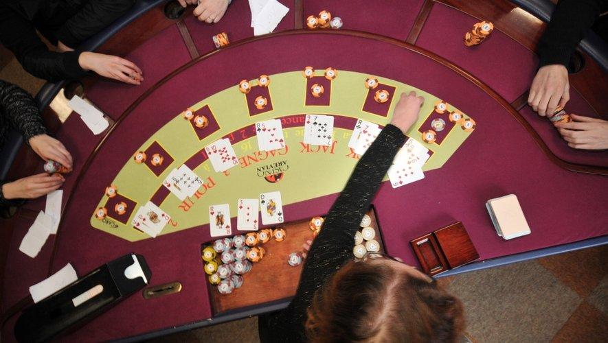 Casino de Cransac : une formation pour apprivoiser les jetons
