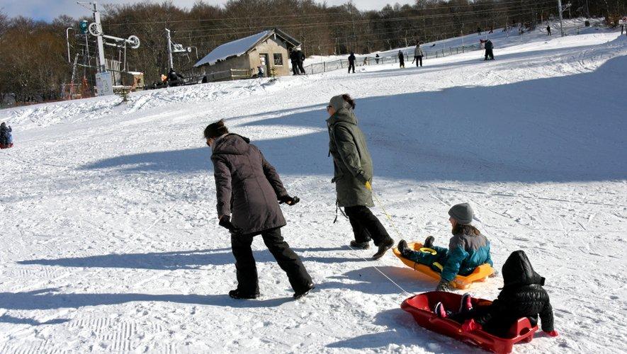 Sur les pistes de Brameloup, la neige et le soleil sont au rendez-vous.