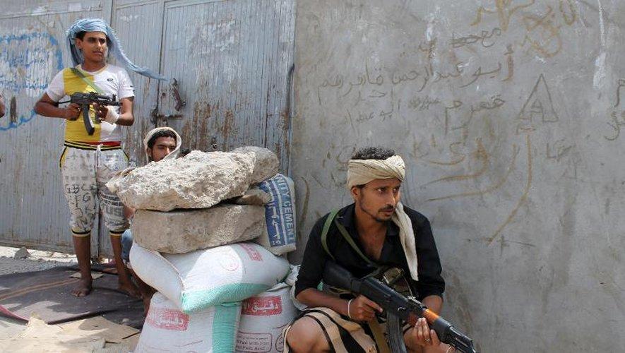 Un rebelle yéménite à Aden le 4 avril 2015