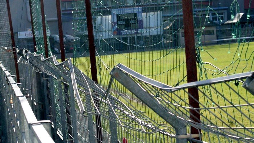 Dégradation du stade Paul-Lignon : qui va payer l'addition ?