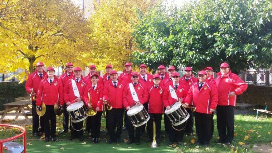 Batterie Fanfare L'Elan Millavois- Nouvelle tenue- 11 Novembre 2014.