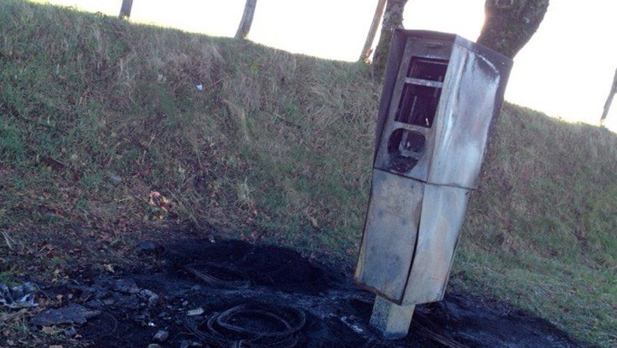 Maleville : le nouveau radar part en fumée