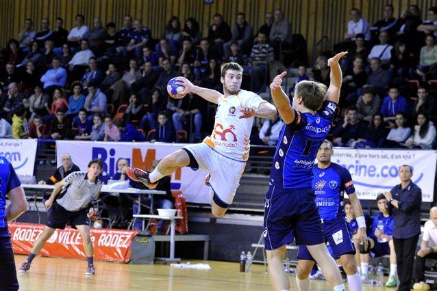 Handball : le parfum de la D1 charme 800 personnes