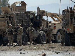 """Afghanistan: les talibans annoncent une """"offensive du printemps"""""""
