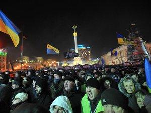 Ukraine: l'opposition reste déterminée malgré des concessions sans précédent