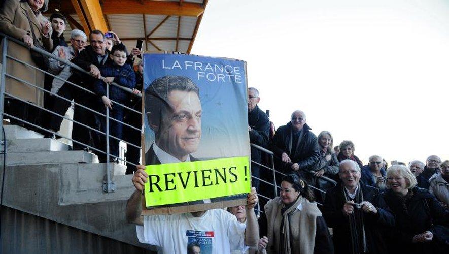 """En Charente-Maritime, Sarkozy dit son peu de goût pour les """"vacances"""""""