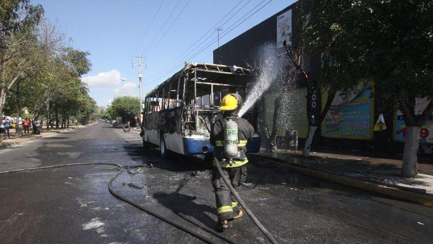 Violences dans l'ouest du Mexique, trois militaires tués dans leur hélicoptère
