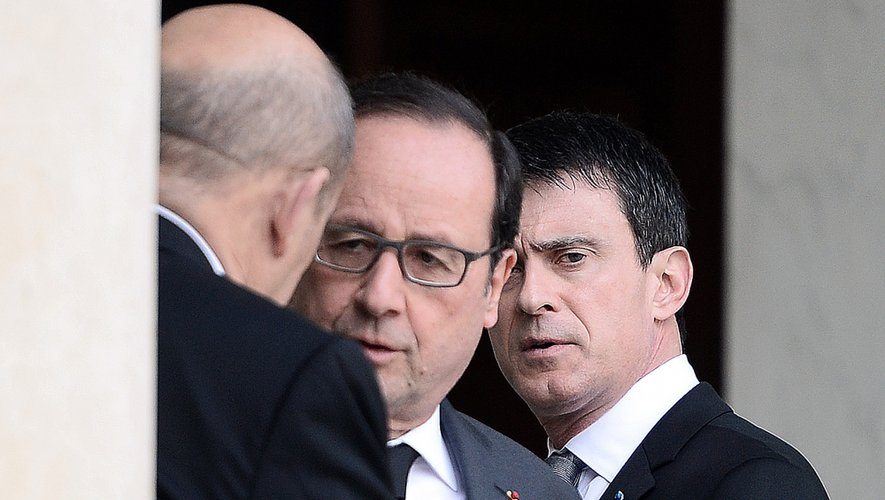 """""""Nous sommes en guerre"""", a de nouveau affirmé mardi Manuel Valls"""