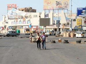 Yémen: l'aide humanitaire arrive au lendemain de la trêve