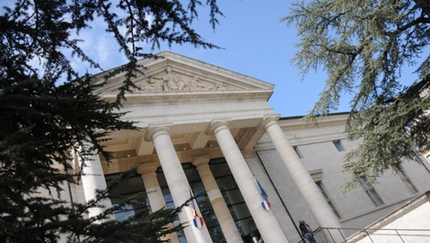 Le palais de justice de Rodez.