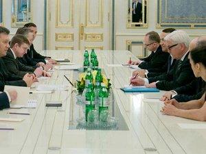 Ukraine: Merkel, Obama et Poutine veulent une solution politique