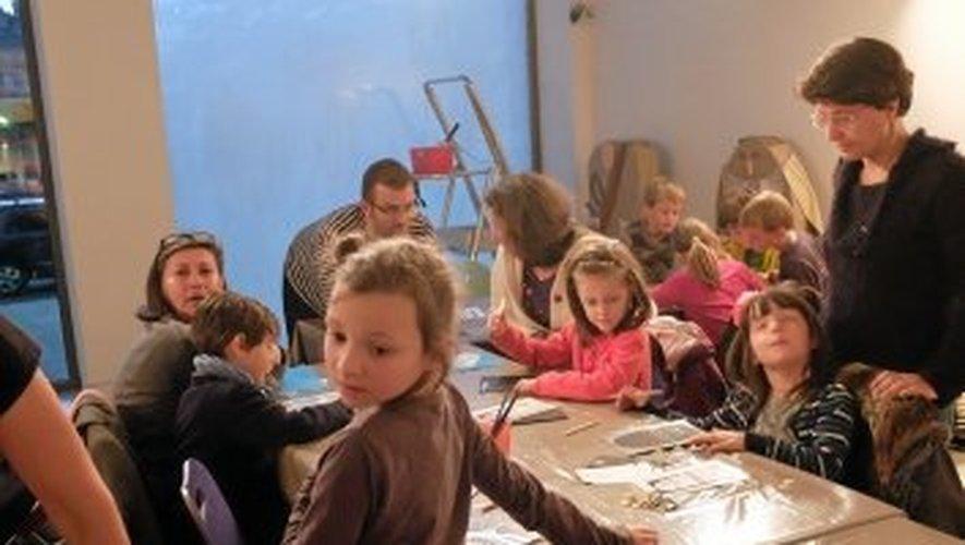 Un atelier pour enfants au musée Fenaille.