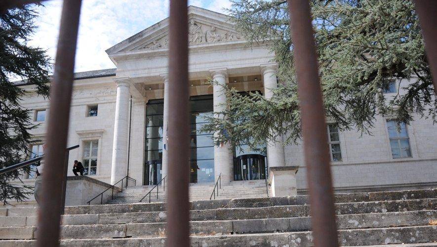 Jugé en comparution immédiate, le trentenaire écope d'une peine de 5 mois de prison.