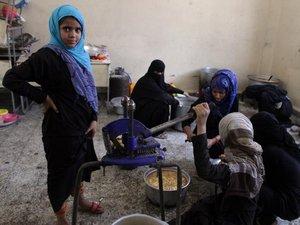 Yémen: un demi-million de déplacés, Sanaa de nouveau bombardée