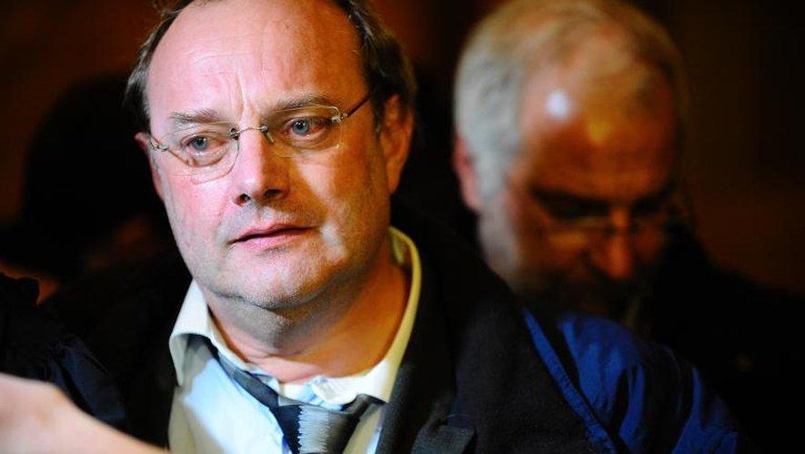 Le docteur Jean-Louis Muller à la sortie du tribunal à Nancy le 31 octobre 2013