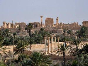 Syrie: l'EI s'empare de la quasi-totalité de la cité antique de Palmyre