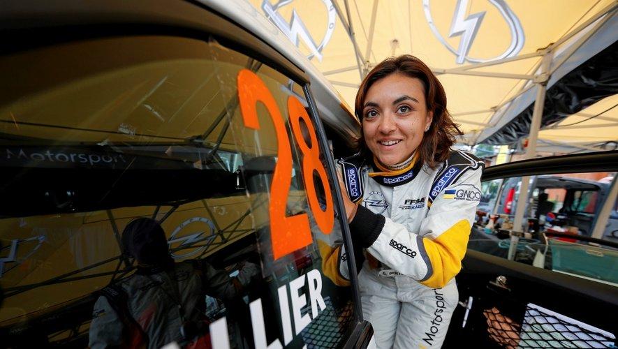 Charlotte Berton n'est pas prête de perdre son sourire à l'aube de sa 2e saison avec Opel.