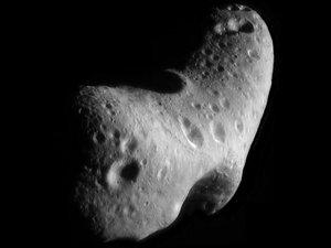 Un astéroïde doit passer à proximité de la Terre sans danger