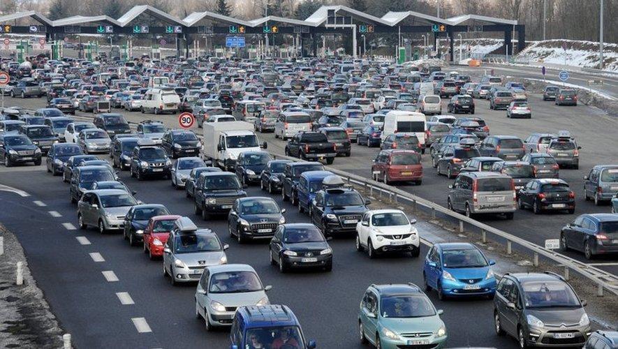 Budget voiture 2012: les Français ont moins circulé mais davantage dépensé