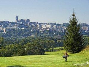 Pour ses 20 printemps, le golf du Grand-Rodez joue la carte séduction