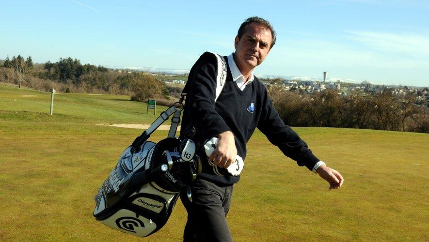 Le directeur du golf du Grand Rodez, Jacques Moréno a débarqué le long des greens ruthénois trois ans après leur ouverture en 1997. Également joueur professionnel, il dirige la structure et ses 350 abonnés, depuis le 1erdécembre 2012.